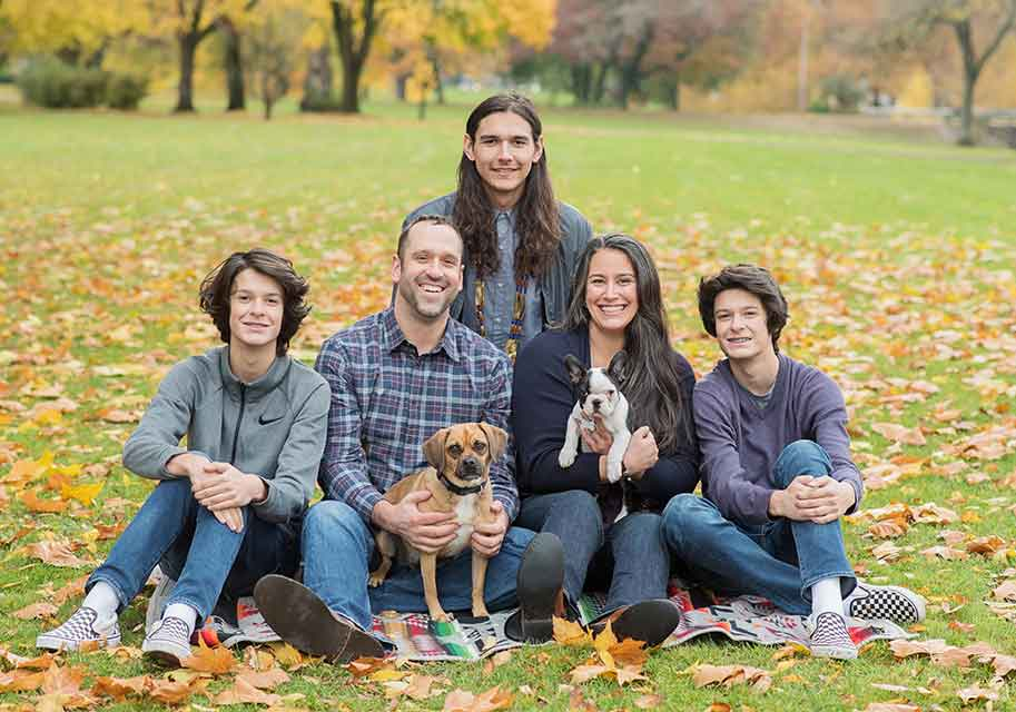 Dr. Seth Senestraro with his family